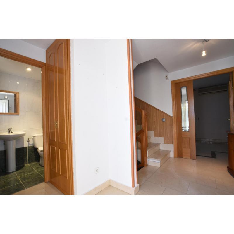 Casa / Chalet en venta en San Fernando de Henares de 250 m2